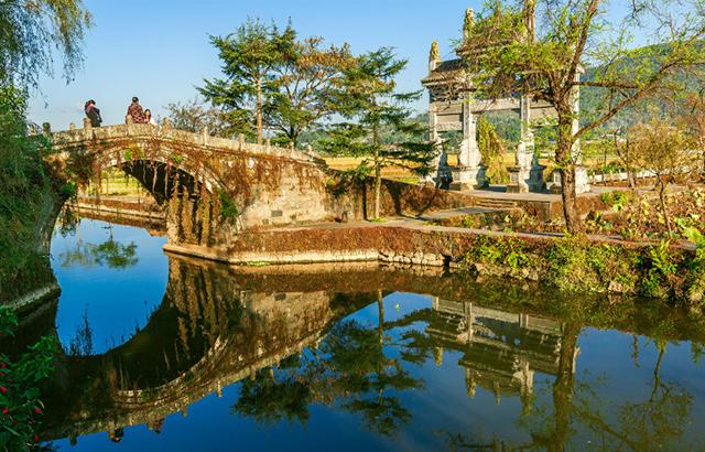 云南亦江南,火山上的小镇却一派水乡之景