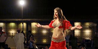 感受迪拜阿拉伯風情肚皮舞