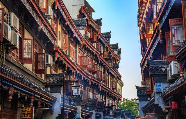 隐世三百余年的老街,尽显徽派遗韵