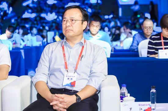 香港中联办宣传文体部副部长 罗江