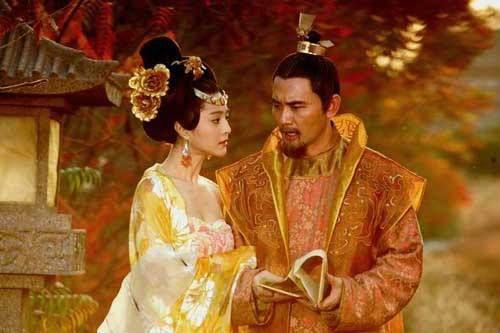杨玉环为何一直只是贵妃而没能成为皇后