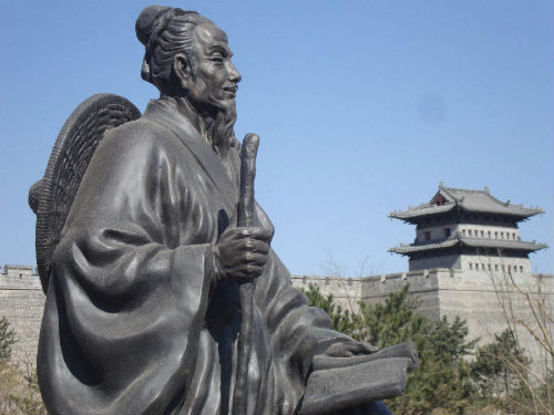 郦道元雕像