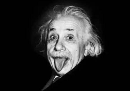 爱因斯坦提出狭义相对论,一时间石破天惊
