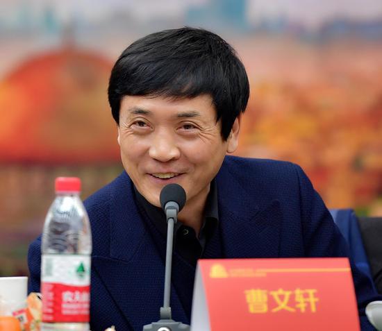 国际安徒生奖获得者、中国作家协会儿童文学委员会副主任、著名儿童文学作家、北京大学教授曹文轩