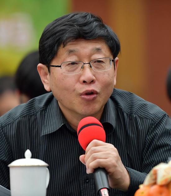 著名儿童文学作家刘丙钧