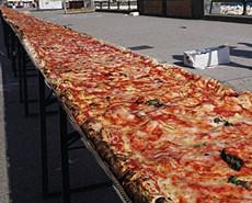 2公里长披萨饼:意大利创世界纪录