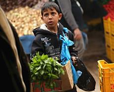 奇葩:童工比成年人更容易找到工作