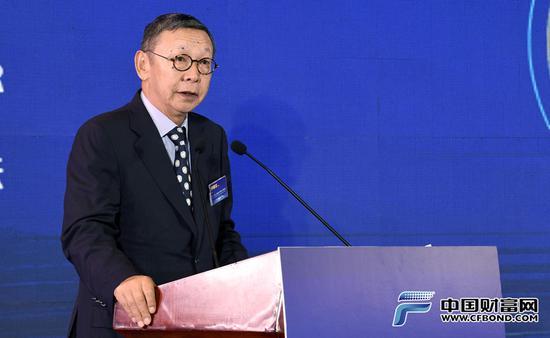 原银监会副主席蔡鄂生:黄金行业双循环格局已形成