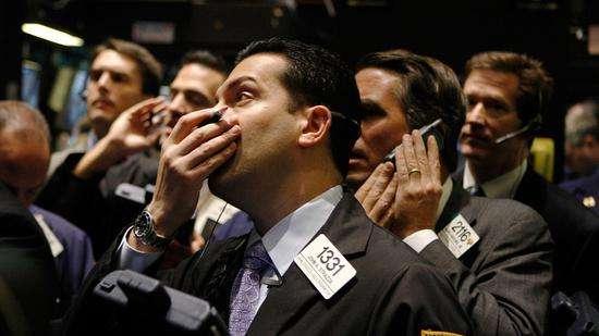 当没有人再为市场兜底之后,风险和恐惧终将在清算后由自己慢慢消化。