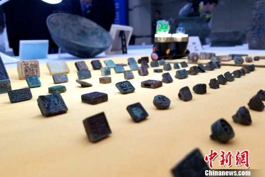 警方追缴的文物。(资料图)陕西警方提供