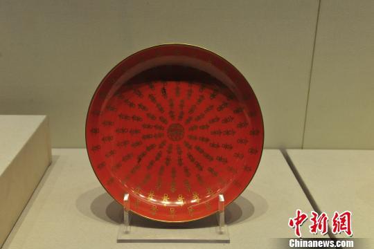 """1月24日,""""吉语迎春 清宫文物特展""""在沈阳故宫开展。 于海洋 摄"""