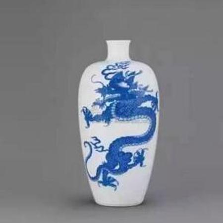 清康熙 青花龙纹瓶 尺寸 高24.1cm