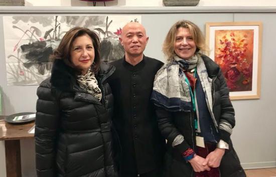 与佛罗伦萨资深艺术学者、著名艺术主持人、收藏家合影