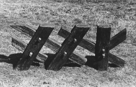 傅中望 《榫卯结构·栅栏》 木 47cm×115cm×20cm 1989
