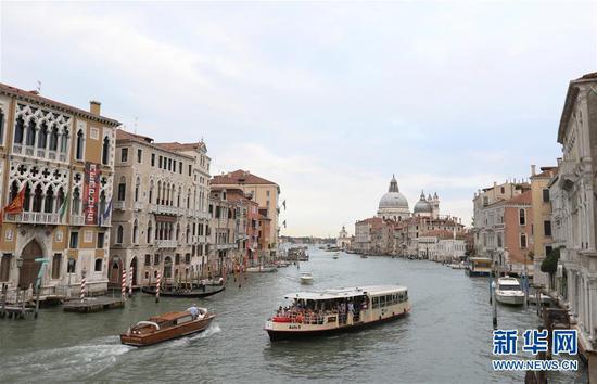 意大利威尼斯大运河。新华社记者 程婷婷 摄