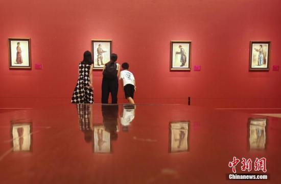常去博物馆美术馆或能更长寿你信吗