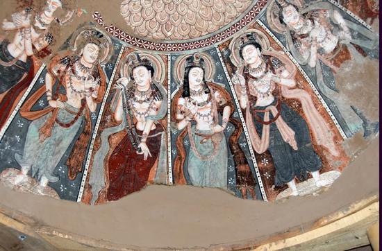 石窟寺专项调查记|跋山涉水 新疆新发现乌恰特石窟