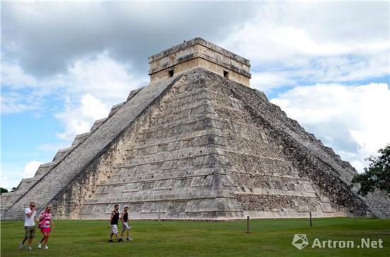 玛雅的金字塔神庙(图片来源于网络)