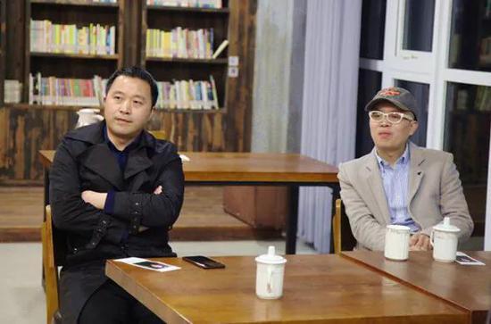 翔宇教育集团总校长助理李玉佩出席活动(左)