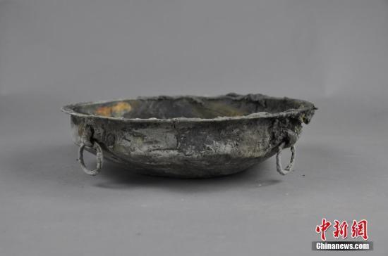 成都双元村墓地发现古墓葬260座