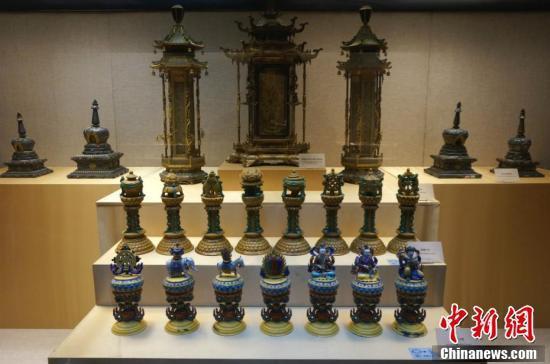 洛阳博物馆藏、原藏北京故宫慈宁宫大佛堂的各类宫廷佛教法物,工艺十分精湛。