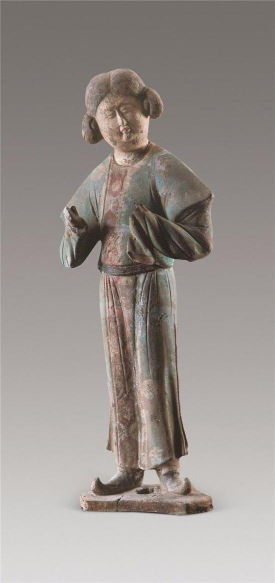 蹀躞带胡服女立俑 1991年陕西省西安市东郊金乡县主墓出土 西安博物院藏
