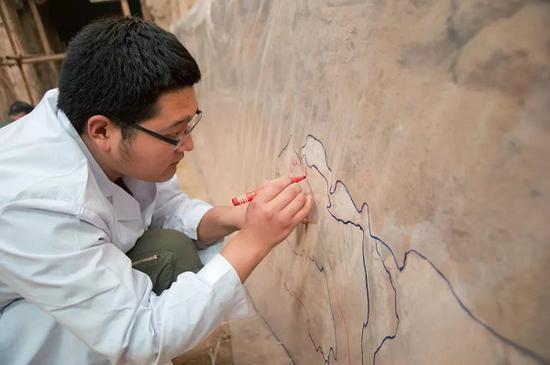 壁画揭取前残缺部分绘图定位