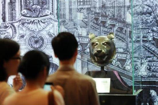 此前,圆明园兽首曾在浙江余姚展出。新华社资料照片