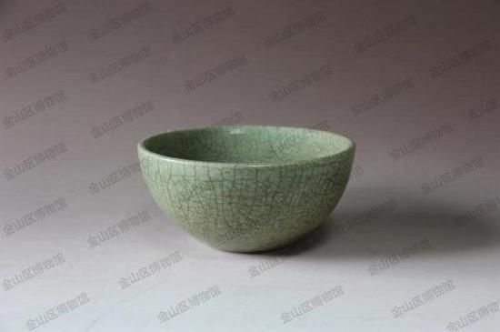 明龙泉窑温碗