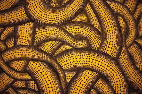 草间弥生,《yellow tree》,1992年。图片来自网络。