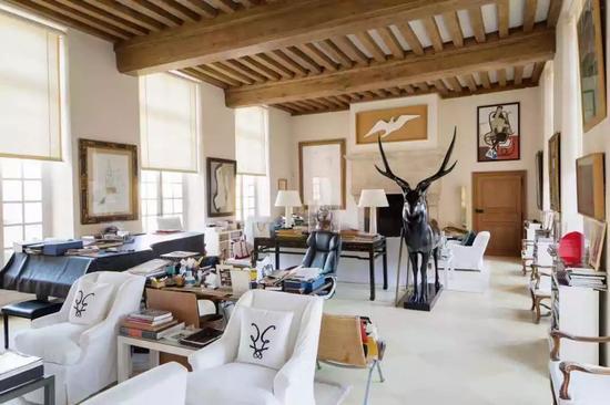 Francois Pompon设计的鹿