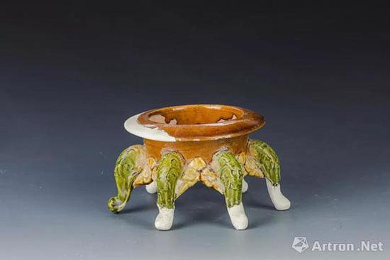 宋代 鲁山段店窑三彩三足香炉 郑州中原古陶瓷标本博物馆藏