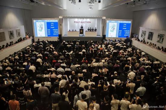 北京保利2018春拍拍卖现场