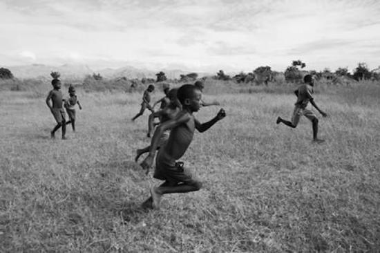 杰西卡·希尔托特《快乐的Soko足球俱乐部》,马拉维(2010)