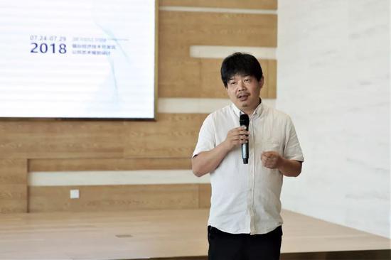 本次项目负责人中央美术学院教师、雕塑家熊时涛先生
