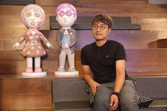 韩国著名艺术家任泰奎