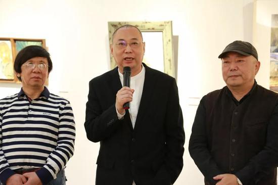 上海戏剧学院李前教授