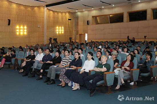陈燮君:上博的大量藏品体现了上海先民的智慧