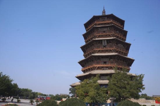 山西应县佛宫寺释迦塔,是是世界现存最古老、最高的木塔。