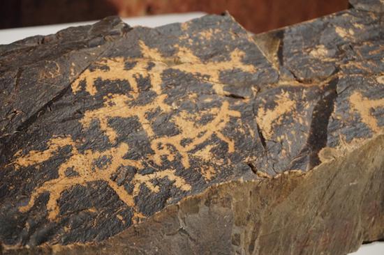 人文生活 阿拉善左旗奥伦布拉格岩画 铁器时代