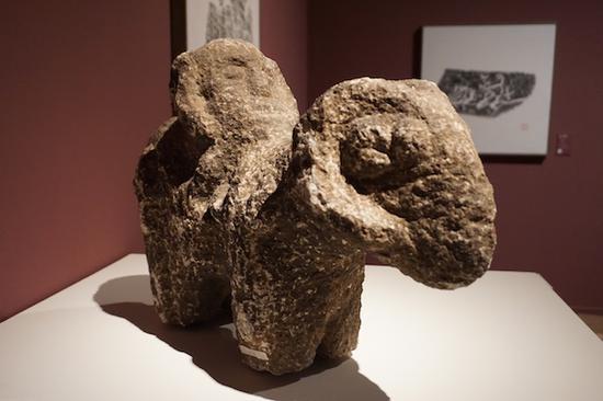 唐骑羊人石像