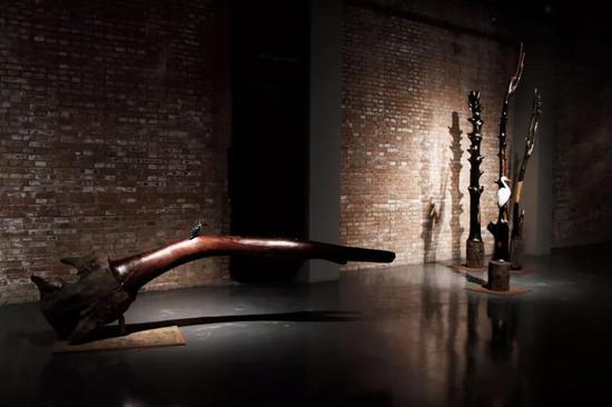 方剑《节气系列》阴沉木、大漆、银箔、瓦灰、雨花石 2018