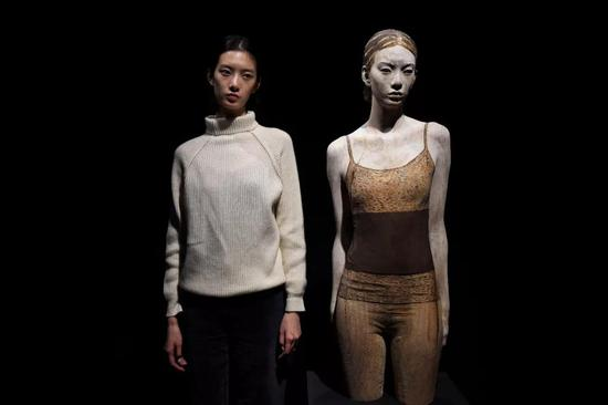 艺术家布鲁诺为本次展览特别驻地创作的作品,模特:项偞婧