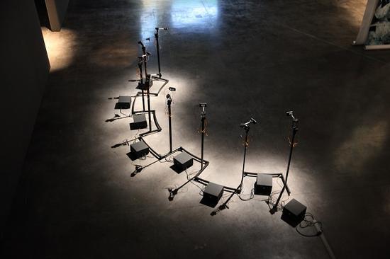 《神旨解构》,Fabien Zocco,生成式装置/机器人雕塑,2016