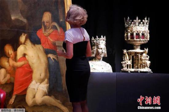 巴黎圣母院文物浴火重生