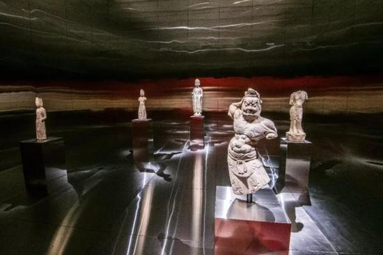 """以""""佛陀""""为主题的第六展厅"""