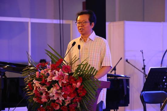 中国舞蹈家协会主席冯双白致辞
