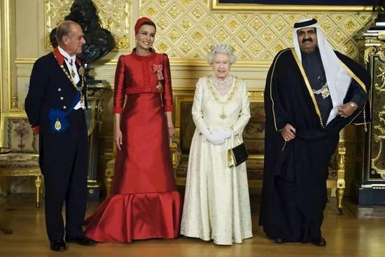 卡塔尔王室与英国王室