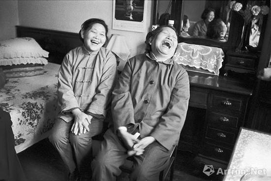 """带你""""回到过去"""":看摄影师相机下八十年代的中国"""