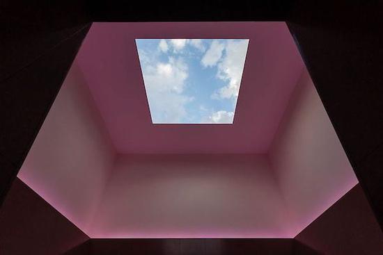 """图瑞尔的""""天窗"""""""